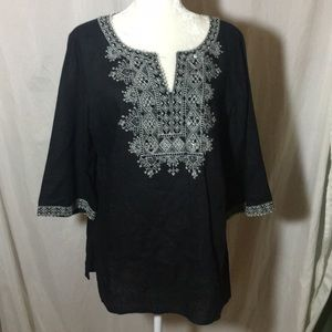 style and Co Black and White linen Tunic